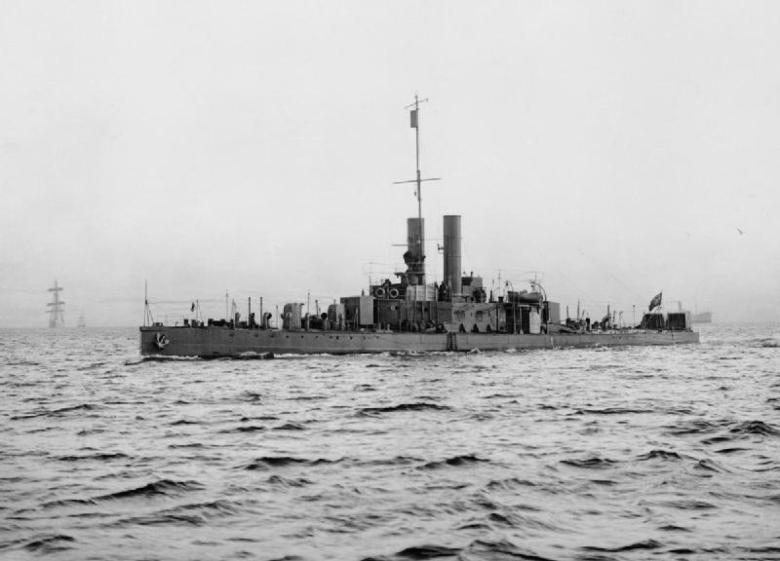 HMS_Cockchafer